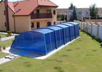 Copertura col tetto delle piscine